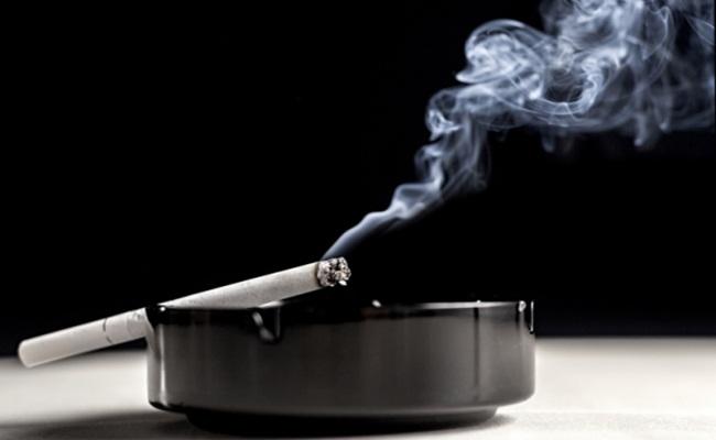 rokok cleanipedia.com  - Membungkus Asap Industri Rokok