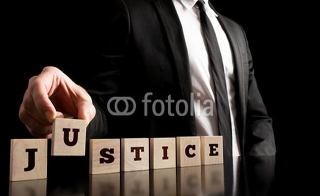 justice fotolia.com  - Penegakan Hukum di Indonesia, Senada Namun Tak Seirama