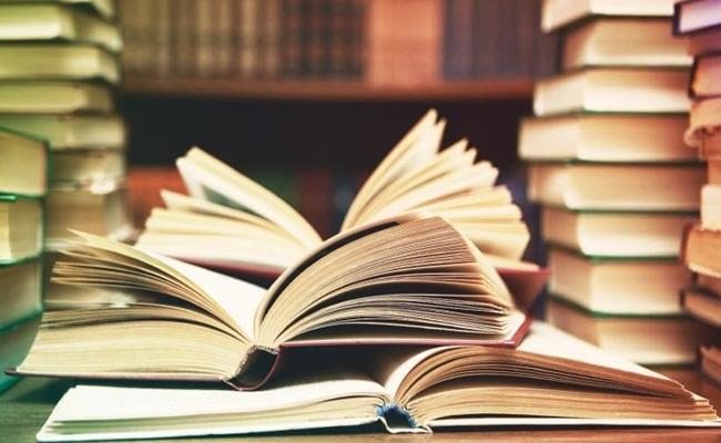 Membaca memberi pencerahan entrepreneur.com  - Uni Emirat Arab Menerbitkan Aturan Hukum Untuk Membuat Membaca Menjadi Kebiasaan
