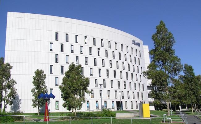 deakin law school - Dugaan Perlakuan Perundungan di Deakin University