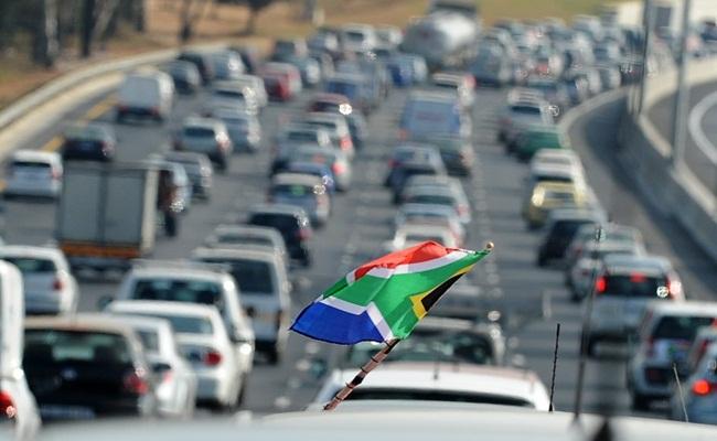 Perhatikan Keselamatan Berkendara enca.com  - Pemerintah Afrika Selatan : Jangan Abaikan Keselamatan Berkendara