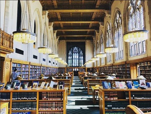 Lillian Goldman Law Library Yale Law School Instagram.com yalelawschool - [Amerika Serikat] 10 Sekolah Hukum Terbaik