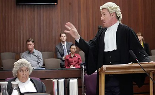 "[Australia]  Dicari, ""Australia's Next Top Lawyer"""